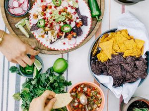 Inside an Easy Mexican Fiesta Perfect for Cinco de Mayo