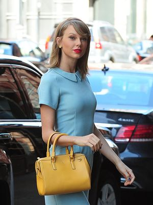 Taylor Swift's Feminine Pastel Outfit Is Perfect for Spring