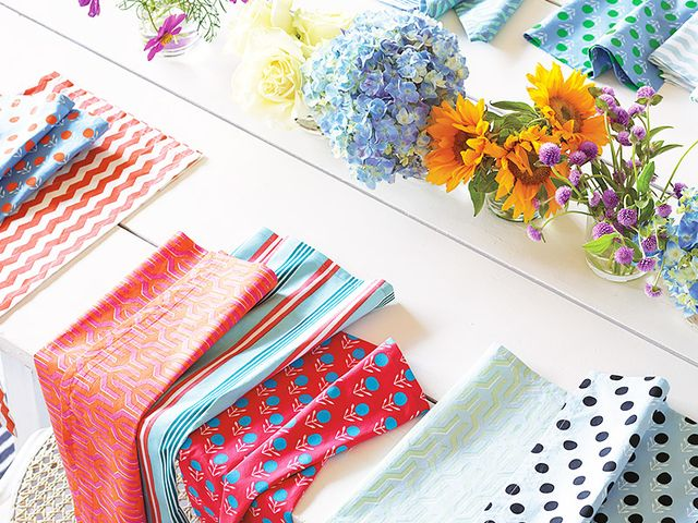 The best places to shop for table linens online mydomaine au for Great places to shop online