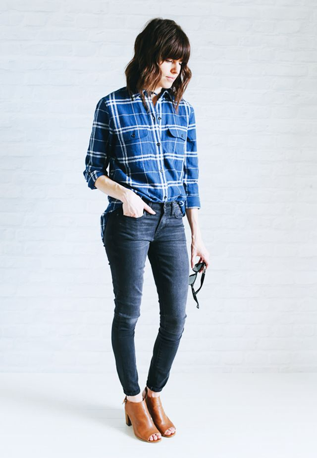Plaid shirt + Gray jeans + Open-toe boots