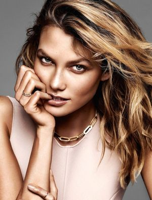 Karlie Kloss Is A Bronzed Babe In This New Glamour France Spread