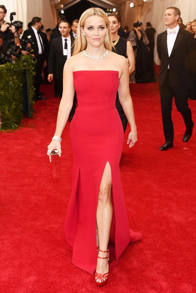 WHO: Reese Witherspoon WEAR: Jason Wu dress;Tiffany & Co. jewelry; Charlotte Olympia heels.