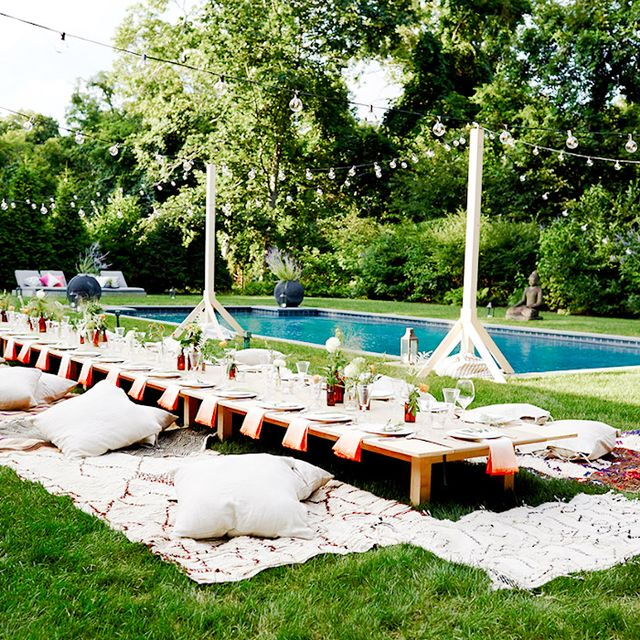 9 Stylish Theme Parties You Should Throw This Summer