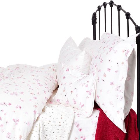 Eglantine Bedding
