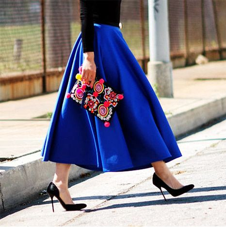 Halliedaily is wearing: ASOS skirt, ASOS bag, Gucci heels.
