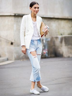 How to Wear Your $10 White Tee All Weekend Long