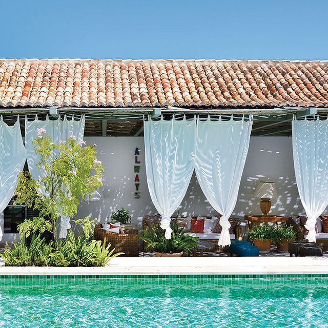 Tour an Idyllic Spanish Summer Home by the Sea