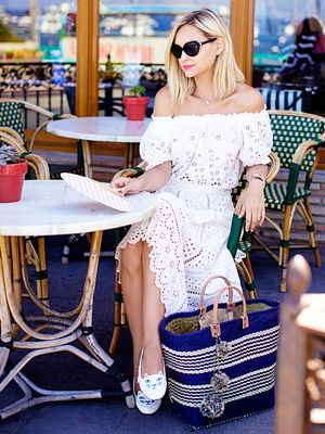 3 Chic Tips for Accessorizing Like an It Girl