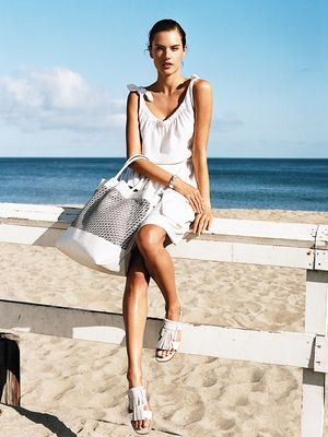 Packing Made Easy: Your Beach Vacation Beauty Checklist
