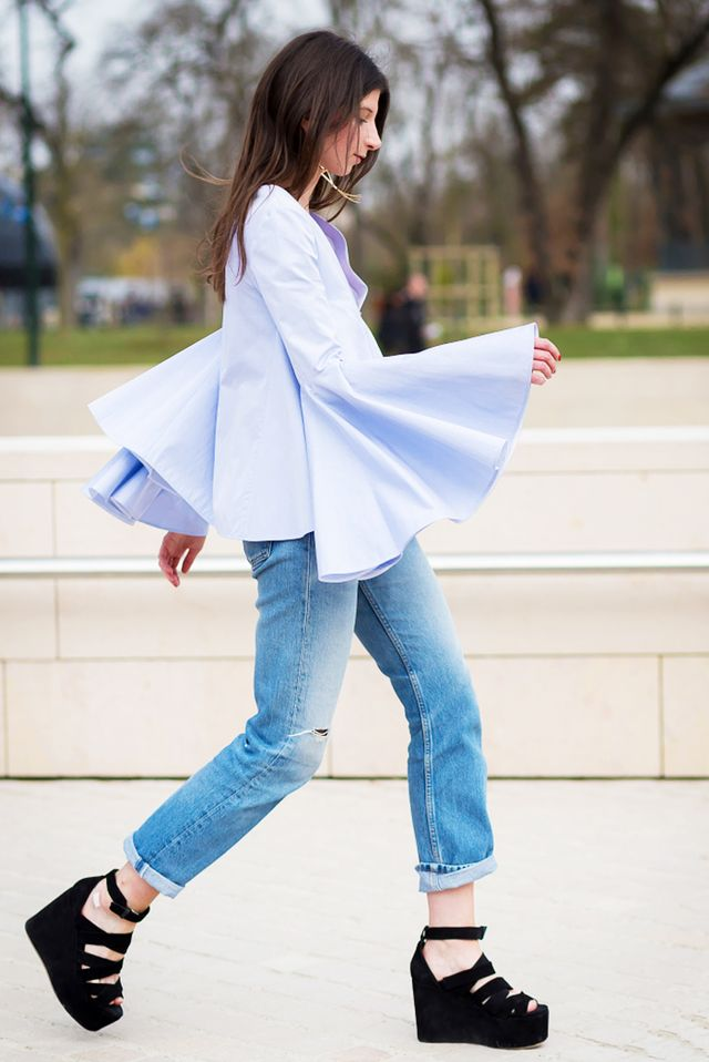 Unexpected shapes, like bell sleeves, end up having a slimming effect  because they emphasise. 18 Summer Outfits ... - Slimming Summer Outfits Oncity Fashion
