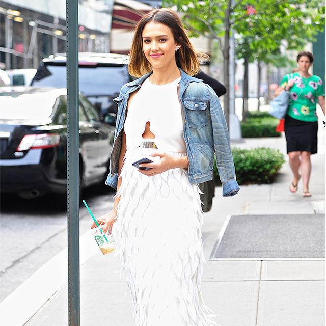 How to Wear a White Dress Like Jessica Alba, Alexa Chung, and More