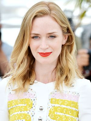 How to Look Chic in a Summer Serape, Courtesy of Emily Blunt