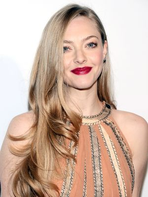 Amanda Seyfried Rocks '90s Cornrows on the Red Carpet, Looks Awesome