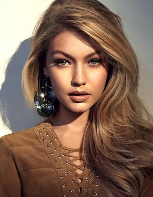 Gigi Hadid Lands The Cover Of Vogue Brazil