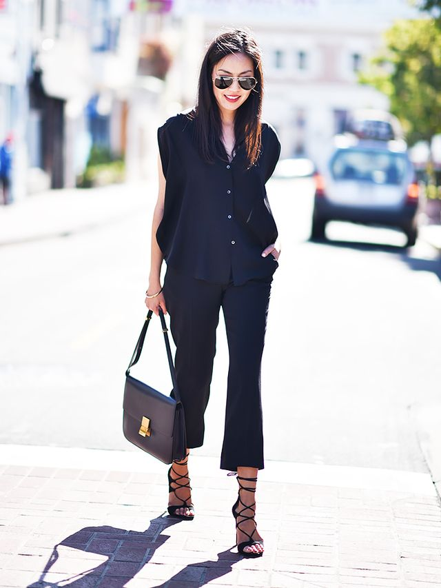 How to Dress for Work in the Summer, According to an Expert