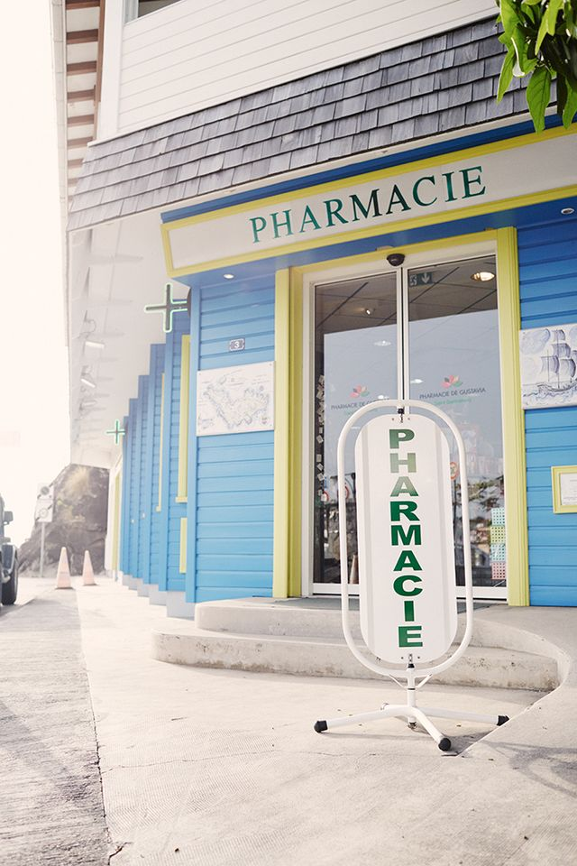 Who: Pharmacie de Gustavia