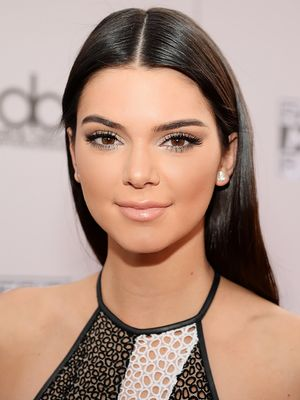 4 Contouring Secrets From Kendall Jenner's Makeup Artist