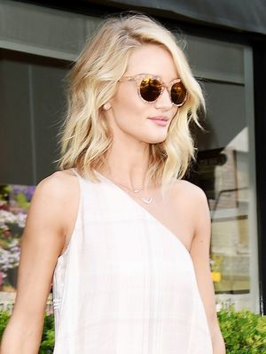 How to Wear a Dress and Sneakers Like Rosie Huntington-Whiteley