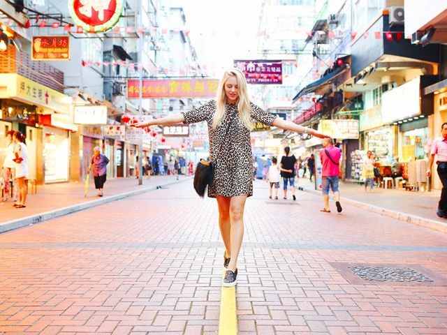 dating abroad locals expats cecf