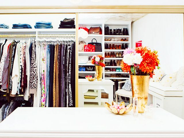Stumped on how to decorate let your closet be your guide mydomaine - Timeless principles that you need to try out for your home decor ...