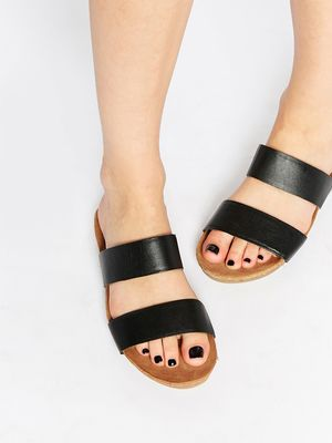 #TuesdayShoesday: The Top 10 Sandals on ASOS Right Now