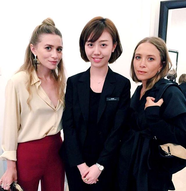 3 Ridiculously Chic Ashley Olsen Outfit Ideas Whowhatwear Uk