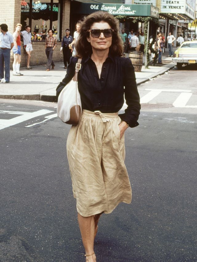 Jackie Kennedy Fashion: Jackie O's Best Street Style Looks