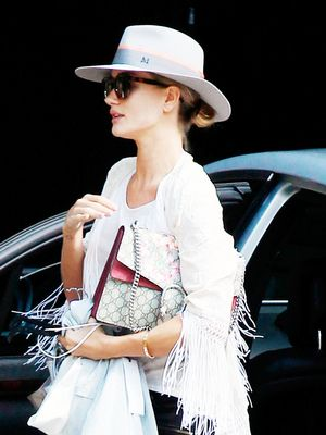 Rosie Huntington-Whiteley Gives Us the Perfect Summer Outfit Idea