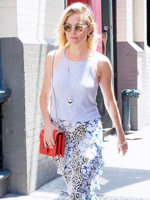 How Sienna Miller Stays Stylish in the NYC Heat