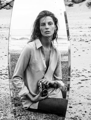 Must-See: Daria Werbowy for Equipment's F/W 15 Campaign