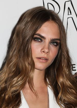 Stop Everything—Cara Delevingne Has PINK Hair