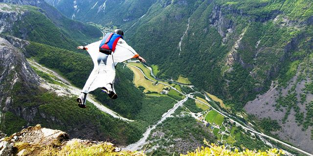 B.A.S.E. Jumping in Norway