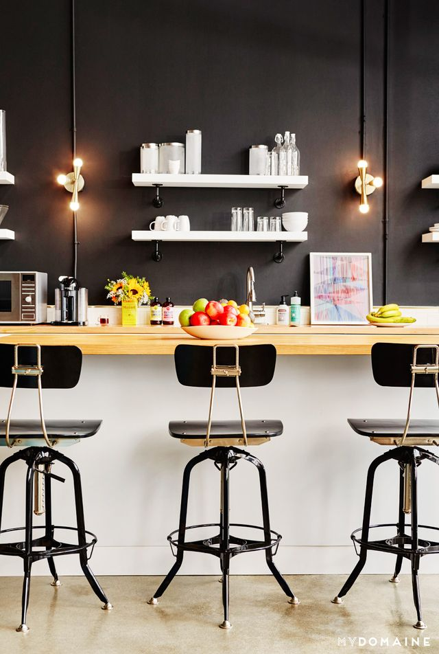 Tour the stylish office of a hip los angeles company for Hip office design