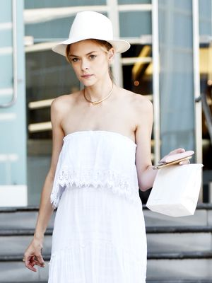 Jaime King Looks Like a Dream in Summer Whites
