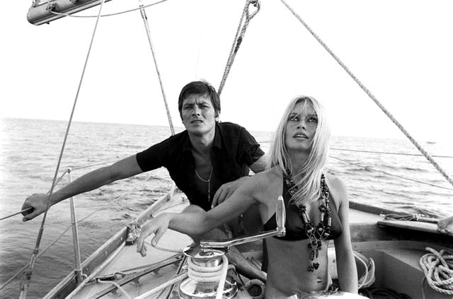 Brigitte Bardot and Alain Delon cruise the seas in the South of France and look fabulous doing it (naturally!).