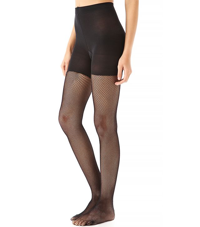 How fashion girls wear fishnet tights whowhatwear uk for Fish net tights