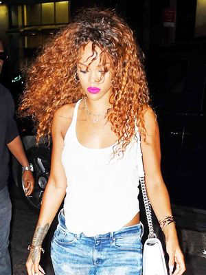 How Rihanna Does Jeans and a T-Shirt