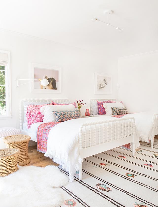 une chambre pour deux buk nola. Black Bedroom Furniture Sets. Home Design Ideas