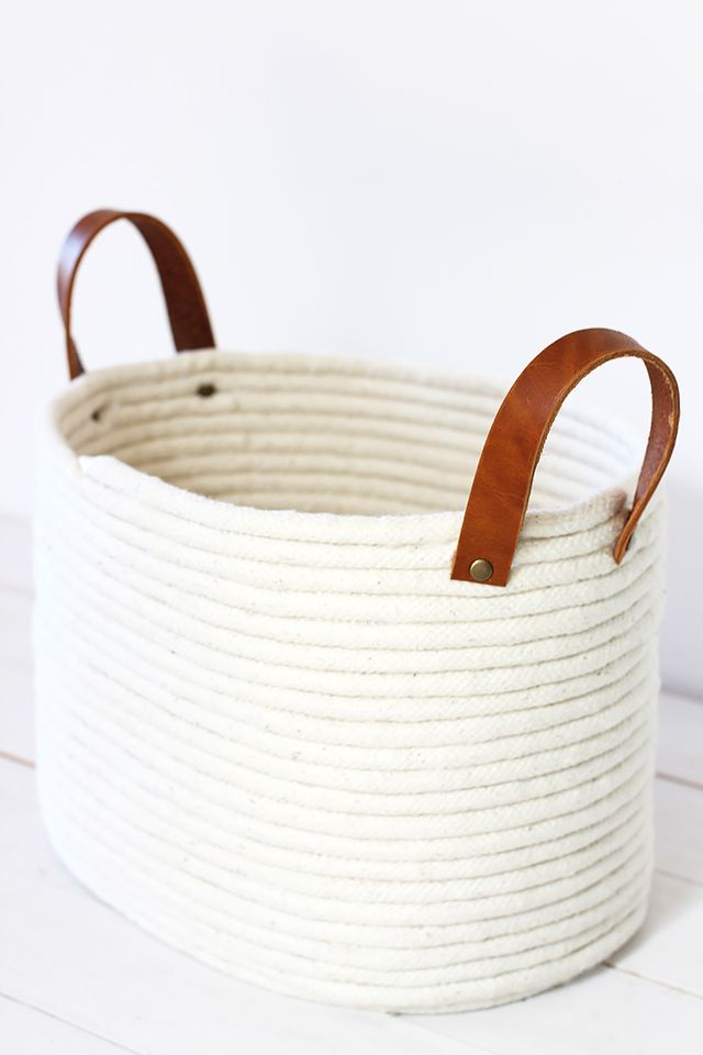 A No-Sew Rope Coil Basket