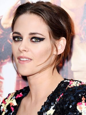 Kristen Stewart Just Debuted the World's Coolest Cat Eye