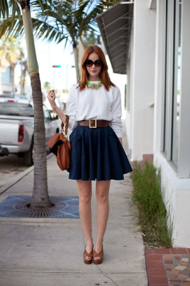 Street Style: Statement Necklace | White Top | Navy Skirt