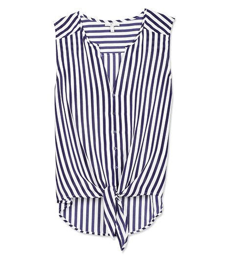 Nothing feels more on-point for a preppy environment than classic navy stripes.