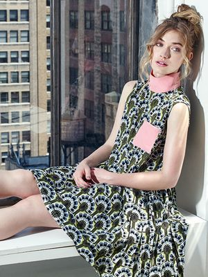 Imogen Poots Takes on Our Favorite Fall Looks