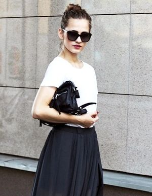 An Effortless Way to Wear a Maxi Skirt to the Office