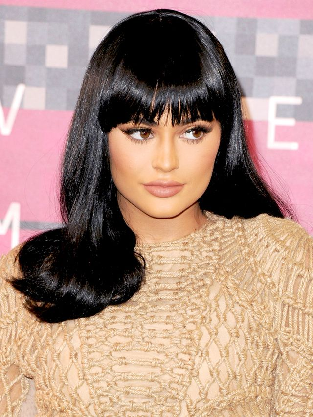 This Is Why Kylie Jenner Has Been Wearing A Wig Byrdie