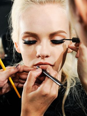 Makeup Artist Magic: The Best Pro Tricks We've Learned (So Far)