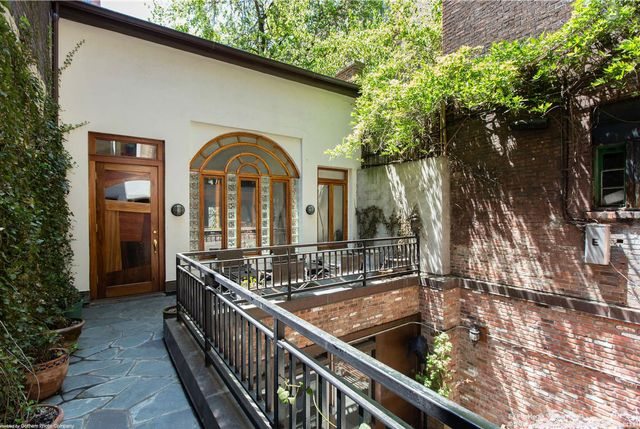 Listing: 112 Waverly Place by Danielle Sevier and Raphael De Niro at Douglas Elliman