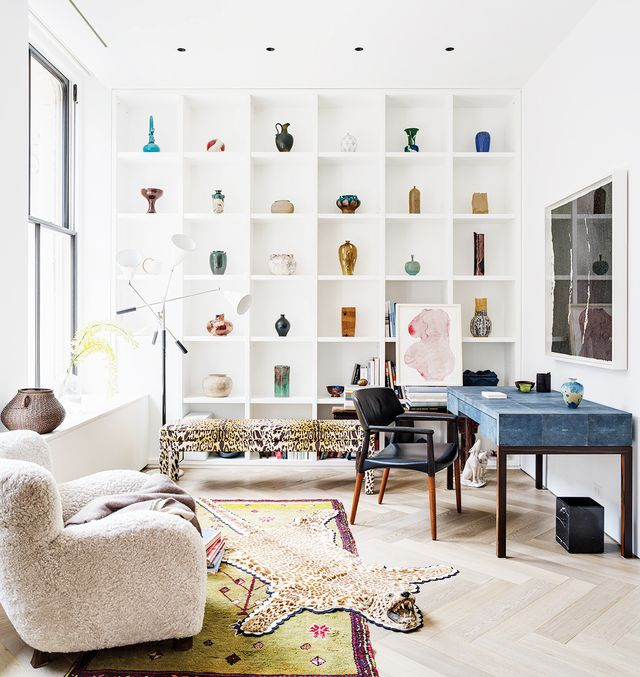 For the full tour of Phillip Lim's loft,visit The Wall Street Journal.  What do you think of Phillip Lim's penthouse loft? Share your thoughts in the comments!