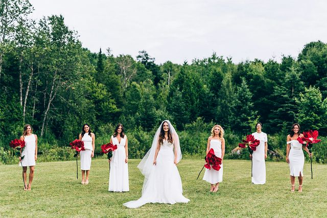 What's your favorite detail about this fashion girl's city-meets-country-meets-romancewedding? Share your thoughts in the comments!