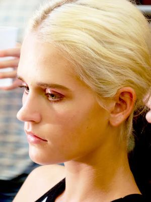 NYFW How-To: A Glossy and Romantic Eye Look